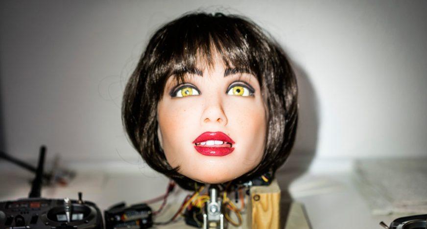 virtual-reality-sex-dolls-dapne-blake-naked